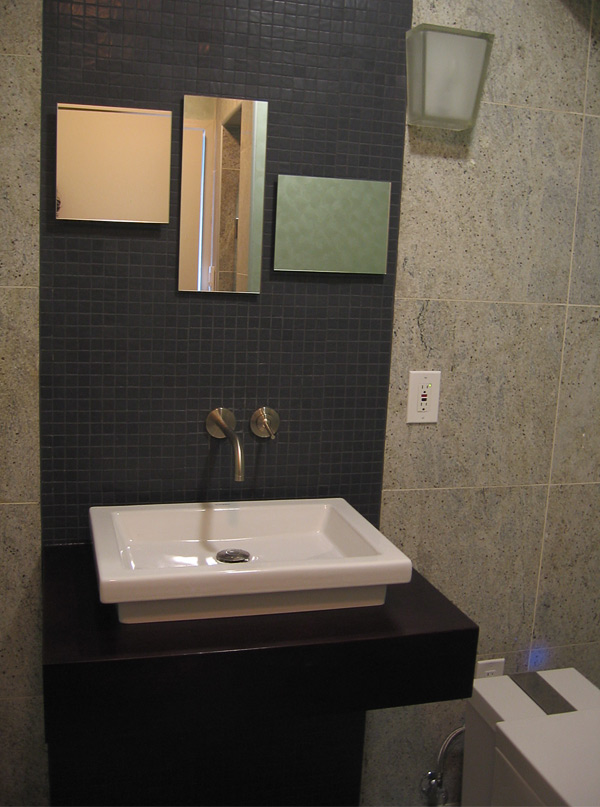Wall Mount Duravit Sink with Hansgrohe Faucet