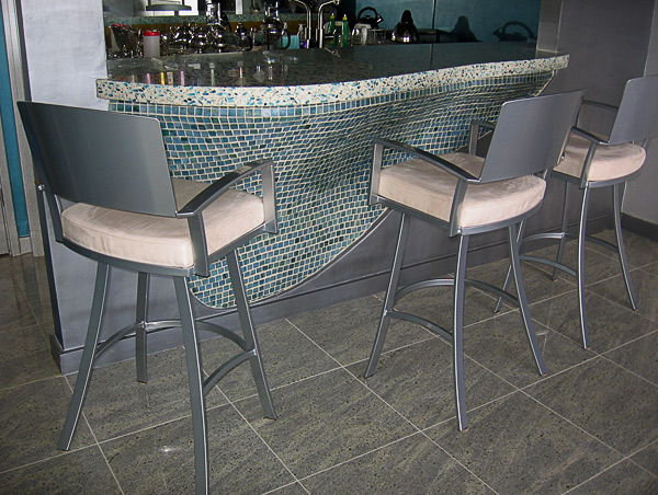 Glass Tiles & Vetrazo Top